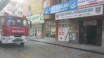 BAHÇELİEVLER - Dökülen Sıvalar Tehlike Saçınca Belediye Harekete Geçti