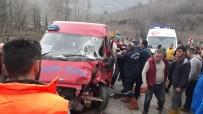 YOLCU MİNİBÜSÜ - Giresun'da 50 Metre Arayla İki Kaza Oldu Açıklaması 2 Yaralı