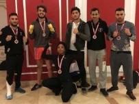 BOKS - İlk Kez Katıldıkları Şampiyonada Madalyaları Topladılar