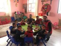 DIŞ MACUNU - Köy Okulu Öğrencilerine Ağız Ve Diş Sağlığı