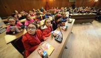 İLKÖĞRETİM OKULU - Öğrenciler Mecliste Kitap Okudu
