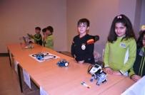 ROBOTLAR - Öğrencilerin Yaptığı Robotlar Büyük İlgi Gördü
