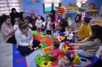 ÇOCUK GELİŞİMİ - Pıtırcık Oyun Evinde ''Anne Ve Bebek Etkinlikleri''