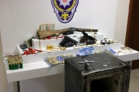KOL SAATI - Sakarya'da 100 Bin TL'lik Hırsızlık Yapan Şüpheliler Yakalandı