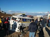 Servis Minibüsünün Taklalar Attığı Can Pazarı Kamerada
