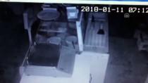 Sigara Hırsızları Kameraya Yakalandı