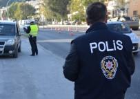 UYUŞTURUCU - Söke Polisi Takibe Aldığı Suçluları Yakaladı