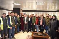 VEDAT YıLMAZ - Taşeron Çalışanlarından Başkan Kuzu'ya Teşekkür Ziyareti