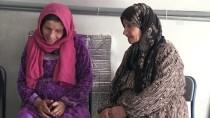 Teröristler Evlatlarını Almasın Diye Vatanına Dönemiyor