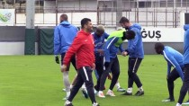 BURAK YıLMAZ - Trabzonspor, Atiker Konyaspor Maçı Hazırlıklarına Başladı