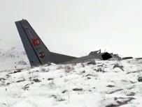 Uçağın Enkazından İlk Görüntü