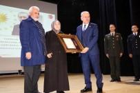 MUSTAFA ÇETİNKAYA - Yozgat'ta Şehit Yakınları Ve Gazilere Devlet Övünç Madalyası Verildi
