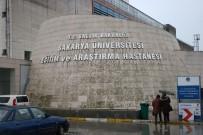 SAKARYA ÜNIVERSITESI - 100'Ün Üzerinde Sağlık Personeli Zehirlendi