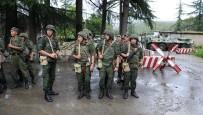 ASKERİ ARAÇ - Abhazya'da 2018, Askeri Tatbikatlarla Başladı