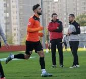 DENIZLISPOR - Adanaspor'da Futbolcuların Performansı Teknik Heyeti Sevindirdi