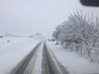 YAZıBAŞı - Adıyaman'da Bazı Köy Okullarına Kar Tatili