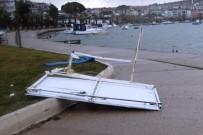 YUNUS EMRE - Ayvalık'ta Şiddetli Rüzgar Balıkçıları Vurdu