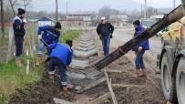 YıLDıZLı - Başiskele'de Cadde Ve Sokaklarda Kanal Suyu Çalışmalarına Başlandı