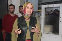 İL MİLLİ EĞİTİM MÜDÜRÜ - Bayan Milli Eğitim İl Müdürü Kahve Kahve Gezerek Velileri Bilinçlendiriyor
