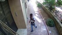 HIRSIZLIK BÜRO AMİRLİĞİ - Bisiklet Hırsızlığı Güvenlik Kamerasında