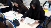 KONFERANS - Gebze'de Ödüllü Kitap Okuma Yarışması