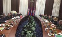 SAVUNMA BAKANI - Genelkurmay Başkanı Orgeneral Akar, Rusya'da