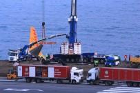 Havalimanı Kapatıldı Açıklaması Uçağı Kaldırma Çalışmaları Sürüyor