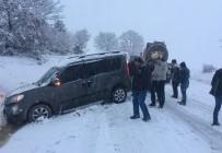 GÜNLÜCE - Kar Yağışı Kazaları Beraberinde Getirdi