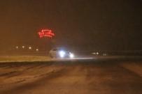 Kayseri'de Kar Yağışı Açıklaması Ekipler Yolları Açmak İçin Seferber Oldu