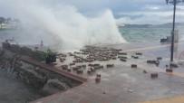 DEMIRLI - Milas'ta Fırtına Ve Yağmur Hayatı Olumsuz Etkiledi