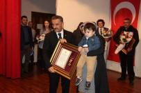 ŞEHİT AİLELERİ - Şehit Yakınları Ve Gazilere Devlet Övünç Madalyası