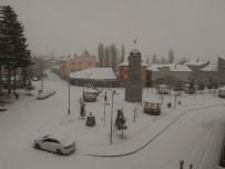 Tokat'ın Başçiftlik İlçesinde Kar Hasreti Sona Erdi