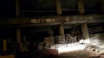 İNŞAAT MALZEMESİ - Tosya'da 104 Sabıka Kaydı Bulunan 2 Hırsız Yakalandı