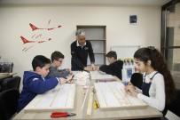 TEKNOLOJI - Yüreğir'de Model Uçak Kursu Açıldı
