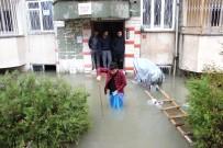ŞİDDETLİ YAĞIŞ - Adıyaman'a 1 Aylık Yağış 1 Günde Düştü