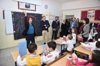 CİNSİYET EŞİTLİĞİ - Başkan Handan Toprak Benli, Öğrencilere Karnelerini Verdi
