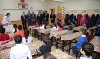 Başkan Taşkın, Öğrencilerin Karne Sevincine Ortak Oldu