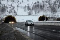Bolu Dağı'nda Kar Yağışı Durdu, Trafik Normale Döndü