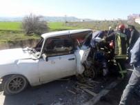 Denizli'de Cip Otomobile Çarptı Açıklaması 3 Yaralı