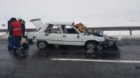 Direksiyon Hakimiyeti Kaybolan Araç Takla Attı Açıklaması 5 Yaralı