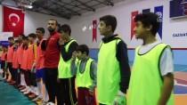 ŞAMPIYON - 'Kardeşlik Futbol Turnuvası'