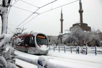 Kayseri'de Kar Sevinci