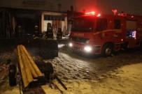Kereste Dükkanındaki Yangın Korkuttu
