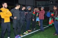 Kulp Belediyesinden Futbol Takımına Atkı Ve Bere Hediyesi