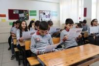 EĞİTİM ÖĞRETİM YILI - Manisa'da 248 Bin Öğrenci Karne Aldı