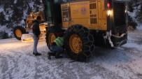 YAĞAN - Mersin Büyükşehir'den Karla Mücadele