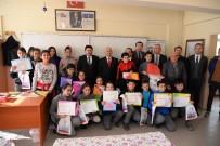 AHMET ÖZEN - Öğrenciler Karne Ve Hediyelerini Aldılar