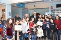 GÖKHAN KARAÇOBAN - Öğrenciler Karnelerini Başkan Karaçoban'dan Aldı