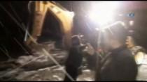 Şarampole Uçan Otomobil Karla Mücadele Ekiplerince Kurtarıldı