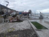 ŞİDDETLİ FIRTINA - Şiddetli Fırtına Çatalzeytin'i Vurdu